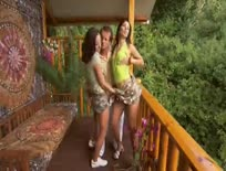Sonia Red  Simone Style Sonia Red and Simone Style in hot threesome - Hardcore sex video